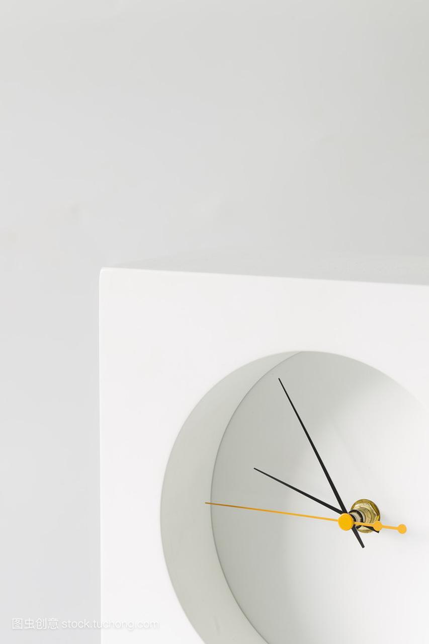 白钟、极简主义性感写真俞晴图片