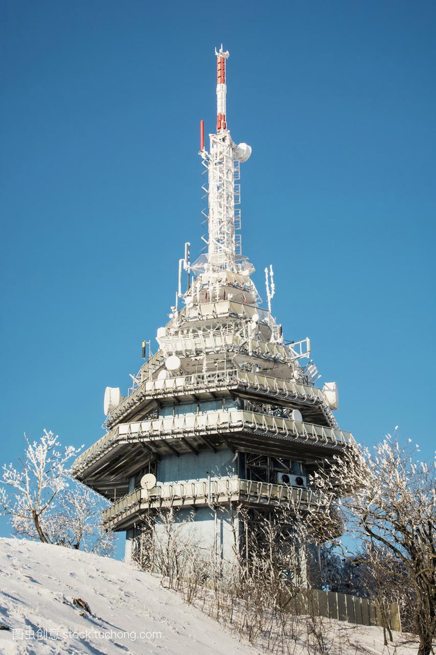 电信塔上赢尼特拉市附近的Zobor山龙美食广场红星美凯图片