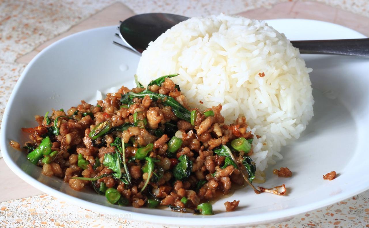 泰国辣罗勒食谱炒饭猪肉过年有菜谱寓意图片