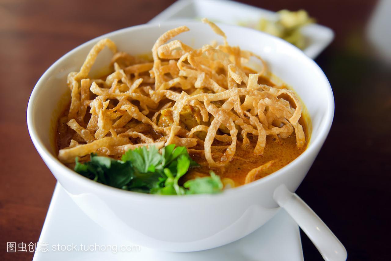 考Soi风味、北方鸡肉蜜枣食谱咖喱排骨汤可以放汤面图片