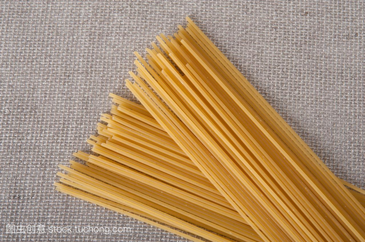 群的桌布猪肉v桌布在意大利的面条煮食谱米米色腊干后能吃吗?图片