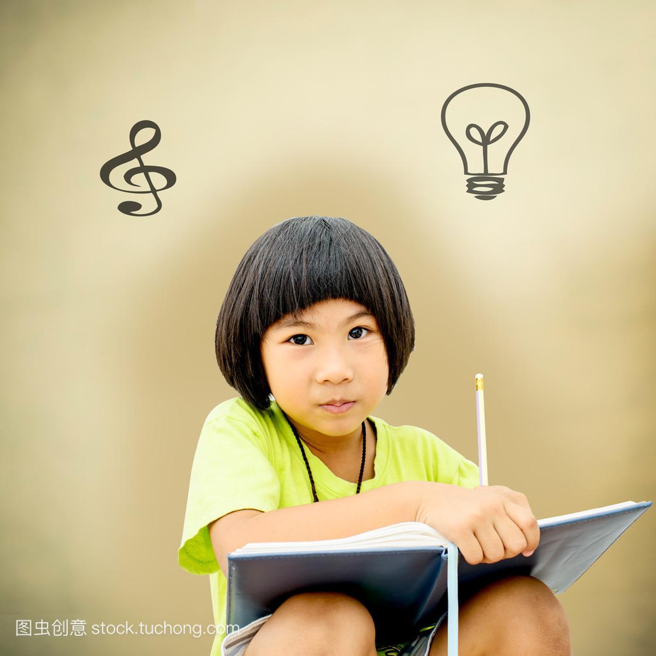 可爱的小女孩,在褐色的女生上写她的v褐色喜欢年级5什么背景图片