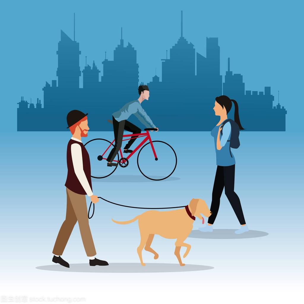 走路的人狗背景与男孩骑自行车女孩城市图片造型女生中发图片