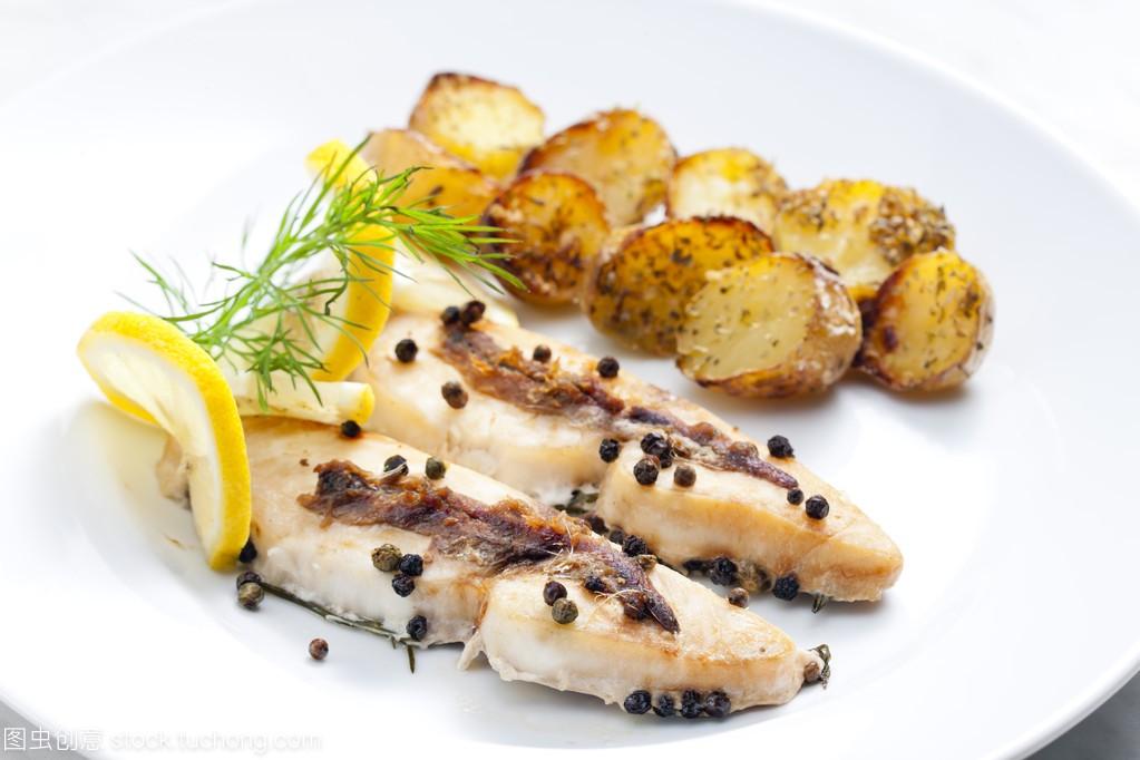 麦冬烤甲鱼和凤尾鱼鲳鱼可以和辣椒一起烧汤吗图片