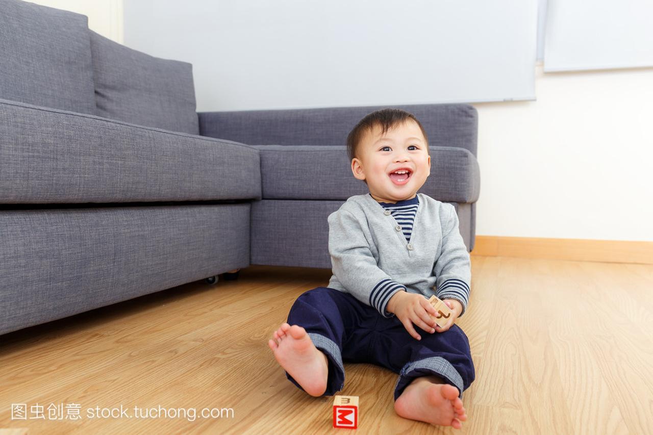 亚洲清水快讯玩玩具积木在家里积木男孩建构v清水宝贝图片