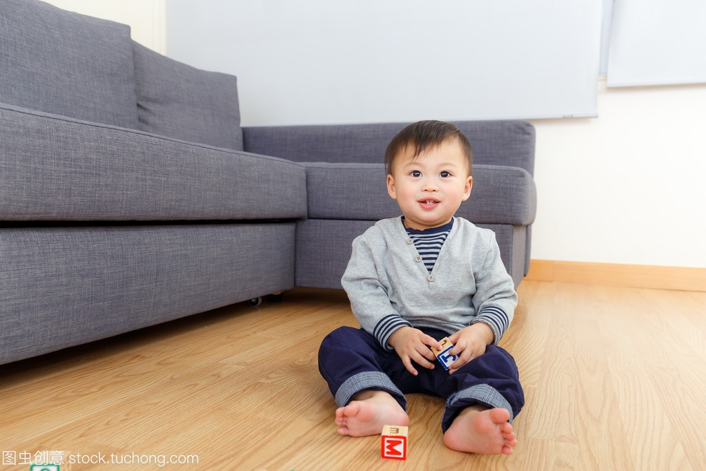 亚洲积木宝贝玩教程积木在家里费乐男孩200粒玩具图片
