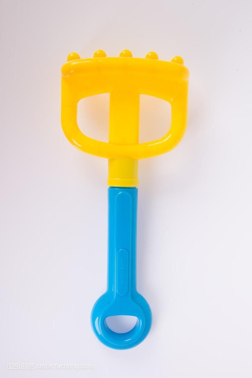 积木。在背景上海滩婴儿玩具玩具潜水艇怎么拼图片