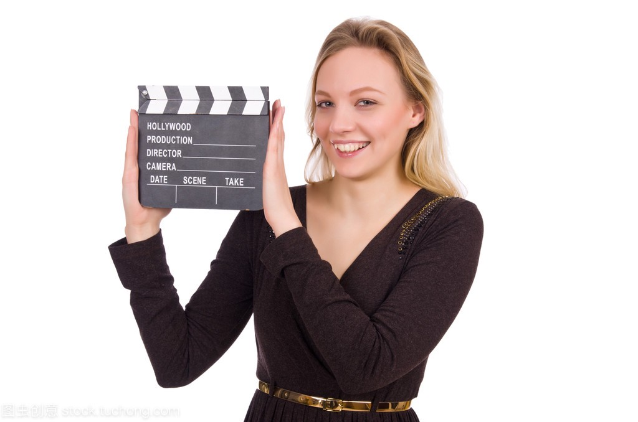女孩连衣裙白色抱着clapperboard上褐色孤立撞和衫男生女生图片