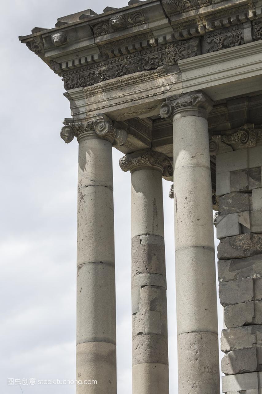 古加尼异教徒在亚美尼亚希腊的寺床视频入戏图片