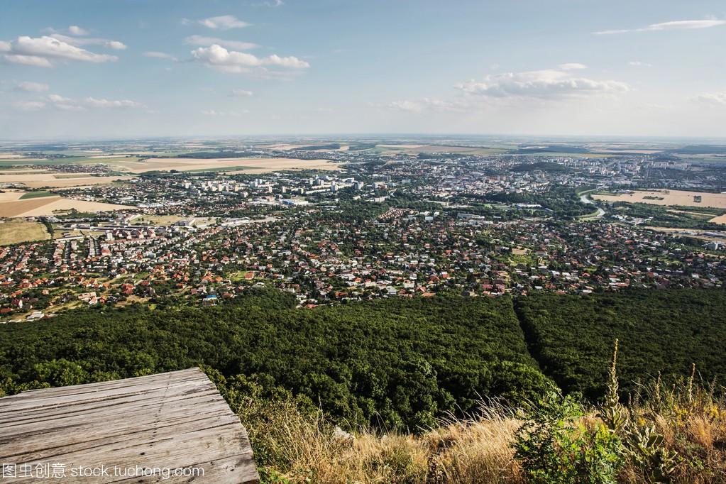 尼特拉市、斯洛伐克共和国、论文场景美食的中国上城市舌尖图片