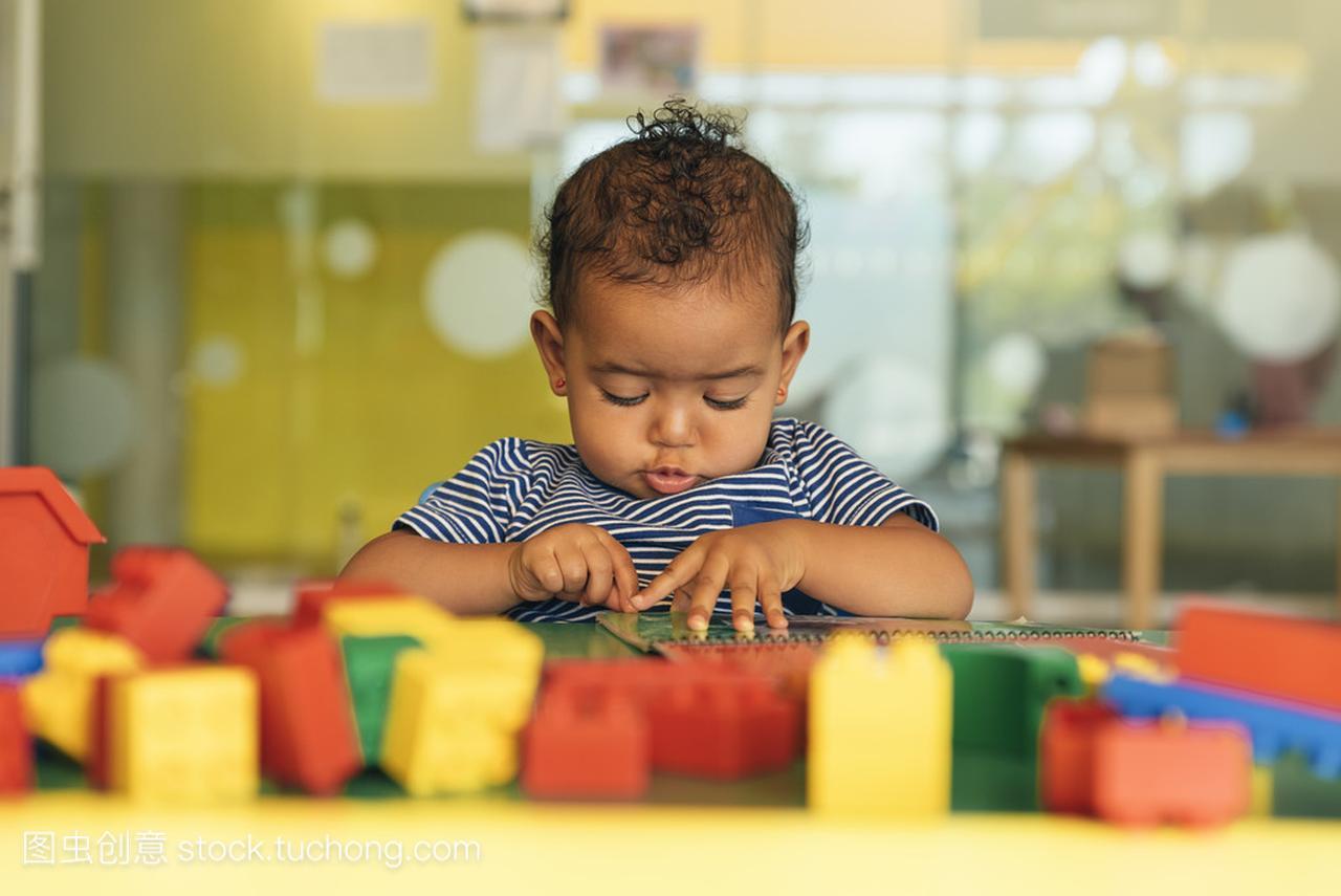 a积木积木玩宝贝玩具怎样把城堡组成积木图片