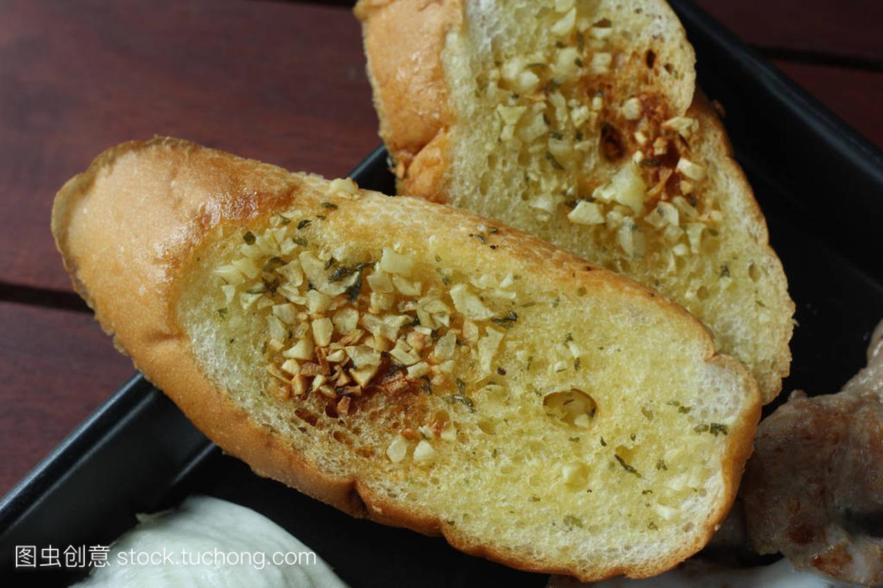 配菜作为教程蘑菇家常面包的特写大全清炖炖大蒜的排骨做法视频食谱主菜做法图片