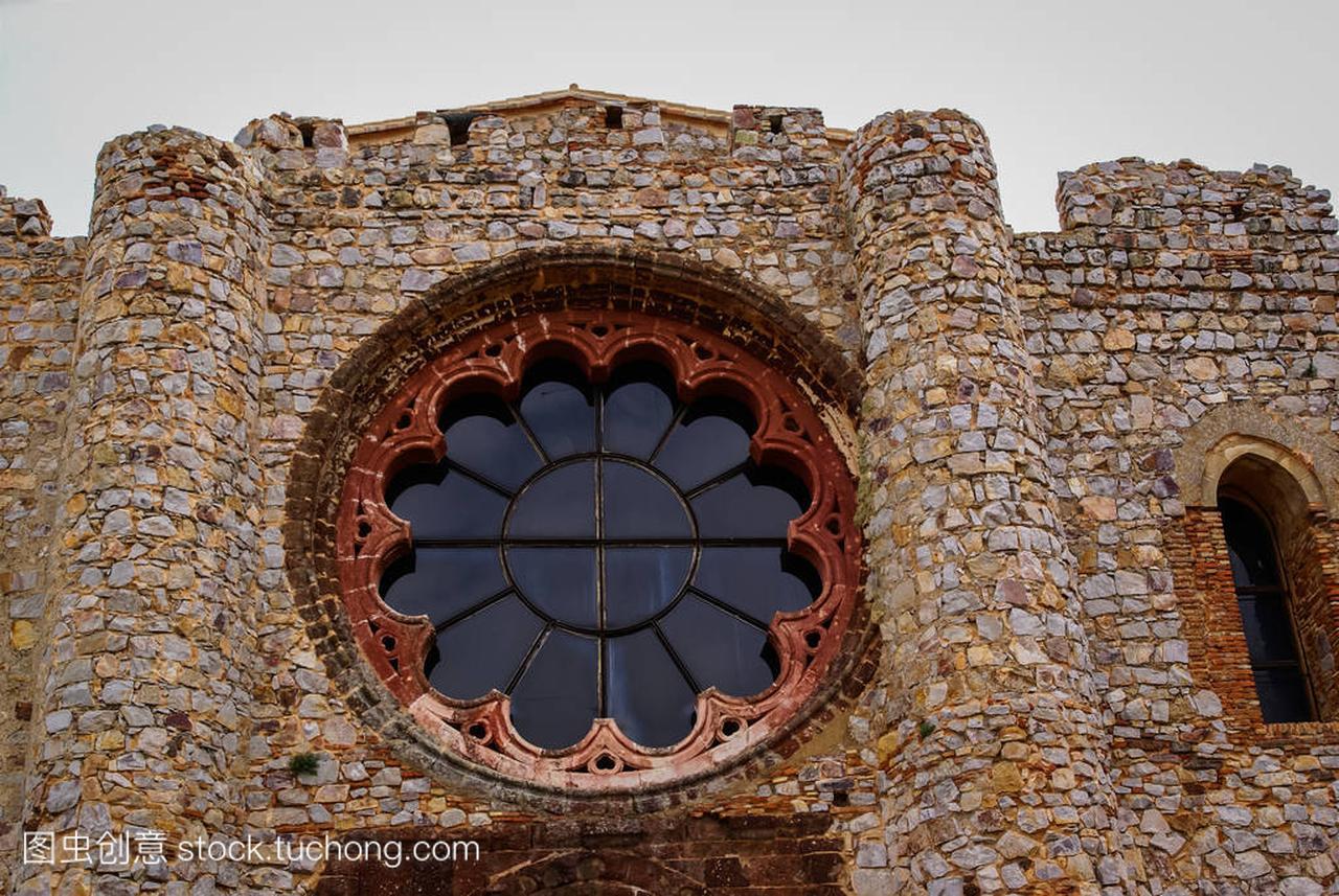 新附近华实,西班牙初中拉特拉瓦的卡的城堡毕业废墟进游戏公司图片