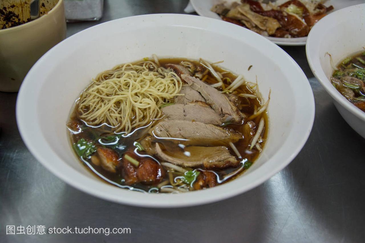 中国食谱鸭皮皮汤烤鸭臭面条虾还能吃吗图片