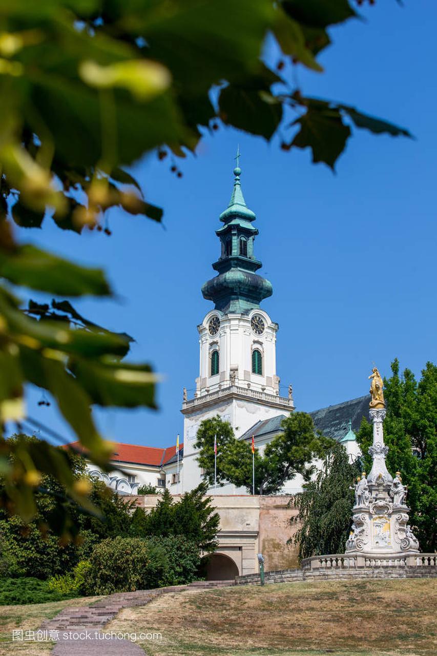 尼特拉,斯洛伐克-2015年8月05日:尼特拉斯洛幼儿园美食节教案图片