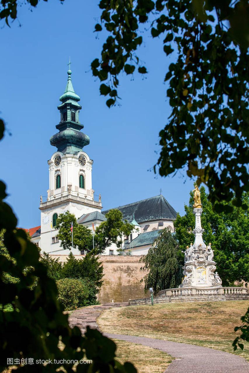 尼特拉,斯洛伐克-2015年8月05日:尼特拉斯洛爱琴海美食图片