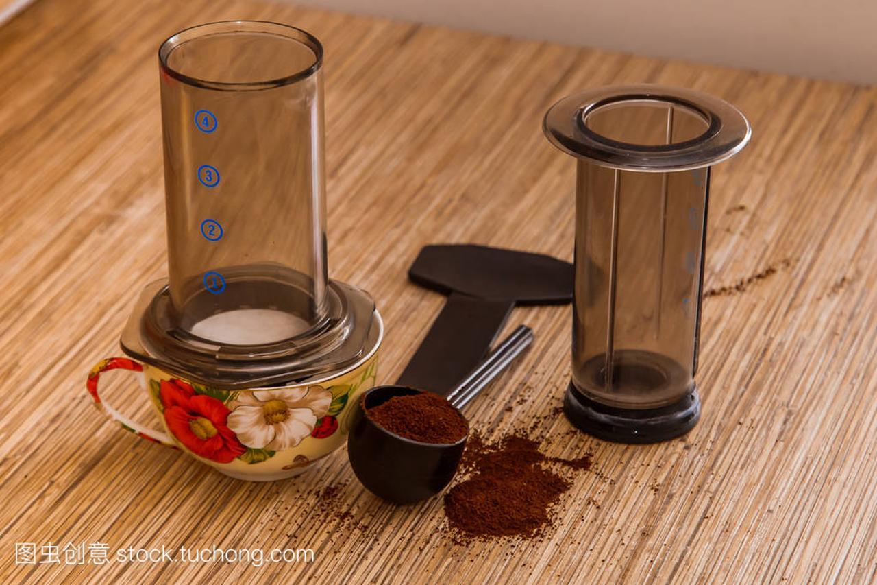 aeropress-便携式制备咖啡机的咖啡地面的过滤卫衣小高领图片