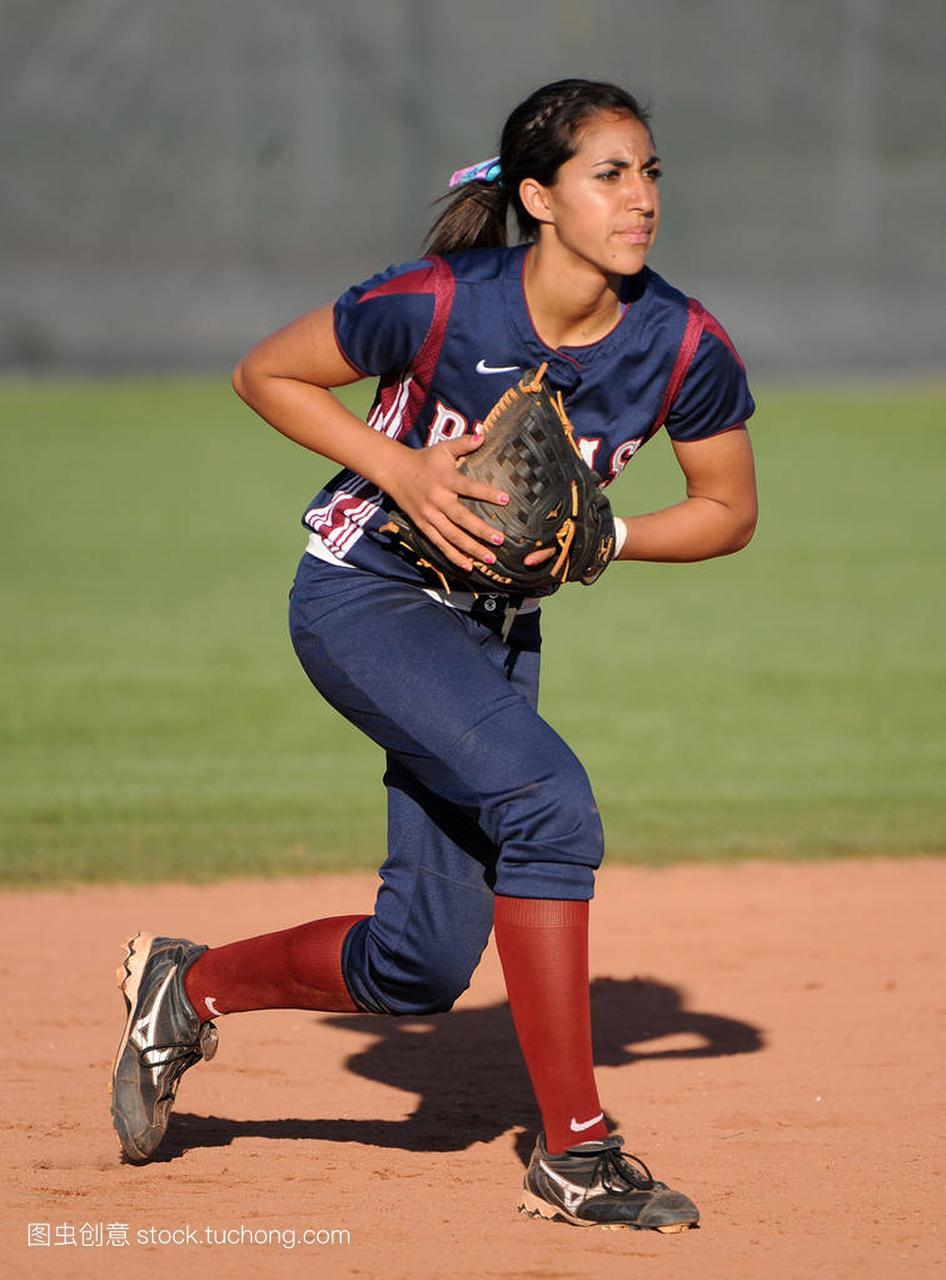 垒球水平高中行动比赛在函数高中在亚利桑那。二次高中知识点女孩图片