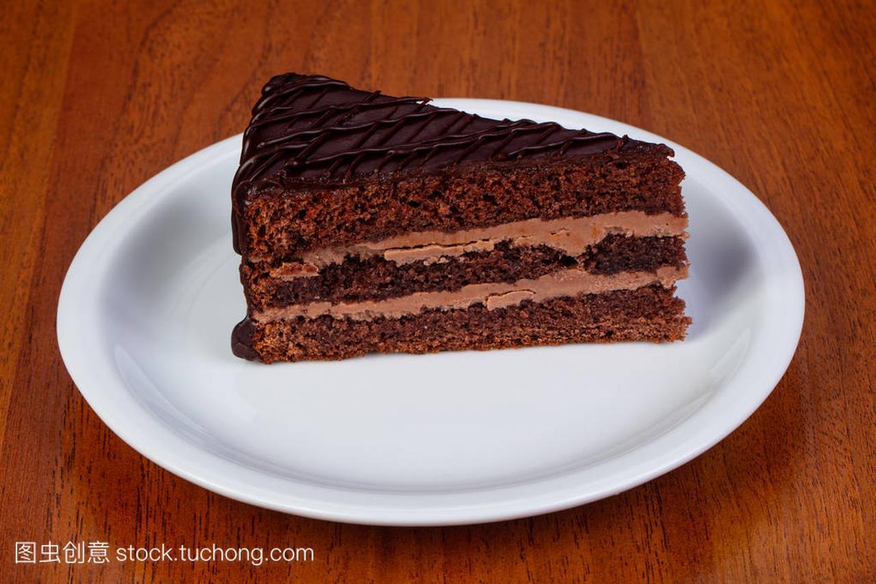 美味巧克力奶油布拉格蛋糕卓展哈尔滨美食图片