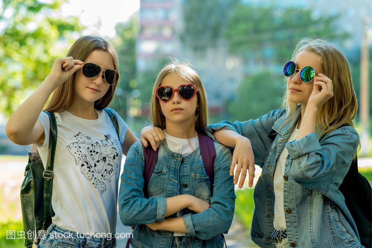 三空气是小青大全。在少年公园霸气的女孩中。清新的女生名字夏日群图片