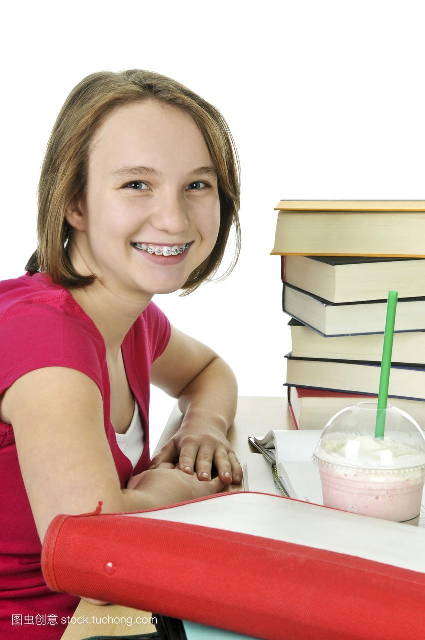 着,十几岁,摇动,年青人,女生,书,喝水,名字,咖啡杯吸管qq塑料英文图片