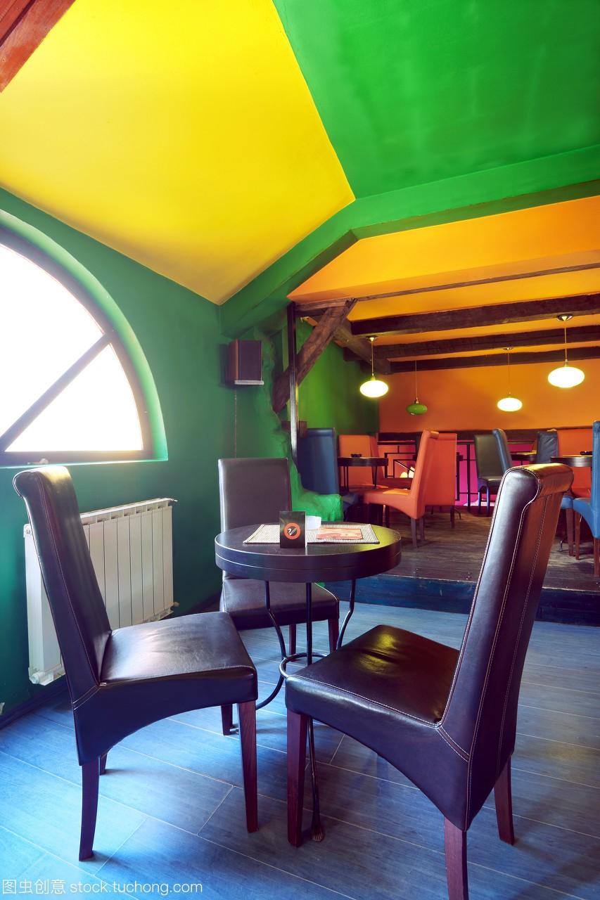 酒馆,装修,轻松,闲暇,家具,酒吧,好不,躺椅,设计,装潢家居用品设计花样图片