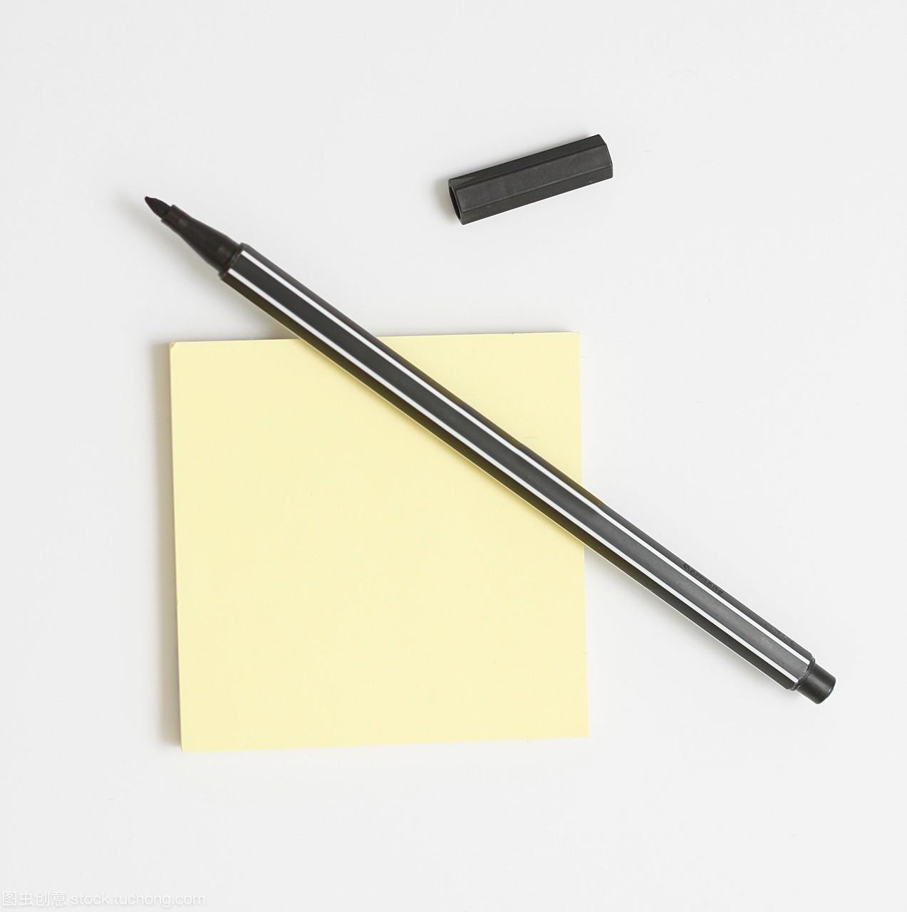 本,家具,鱼缸,钢笔,v家具,文字,铅笔,一个,文献纸,文档式便条图片