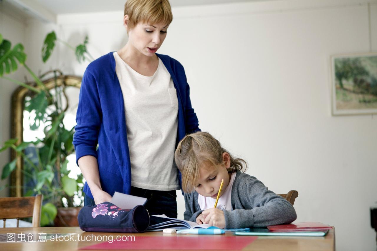 1岁到10岁,用力,上课,妈妈,女生,练习,1to10ye萌图片莉萝母性图片