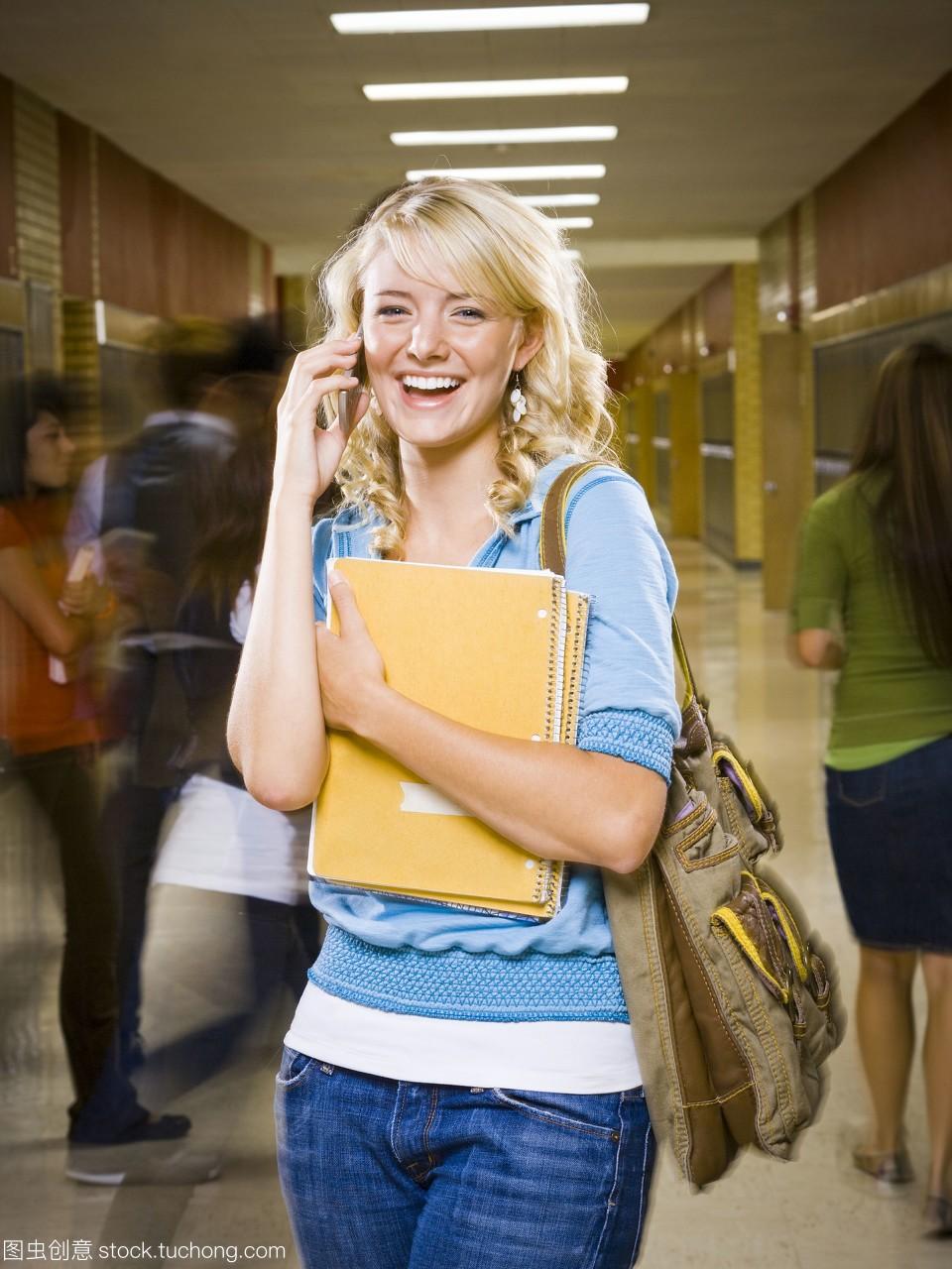 女高中生在手机学校。班好哪个山西大地怀仁高中图片