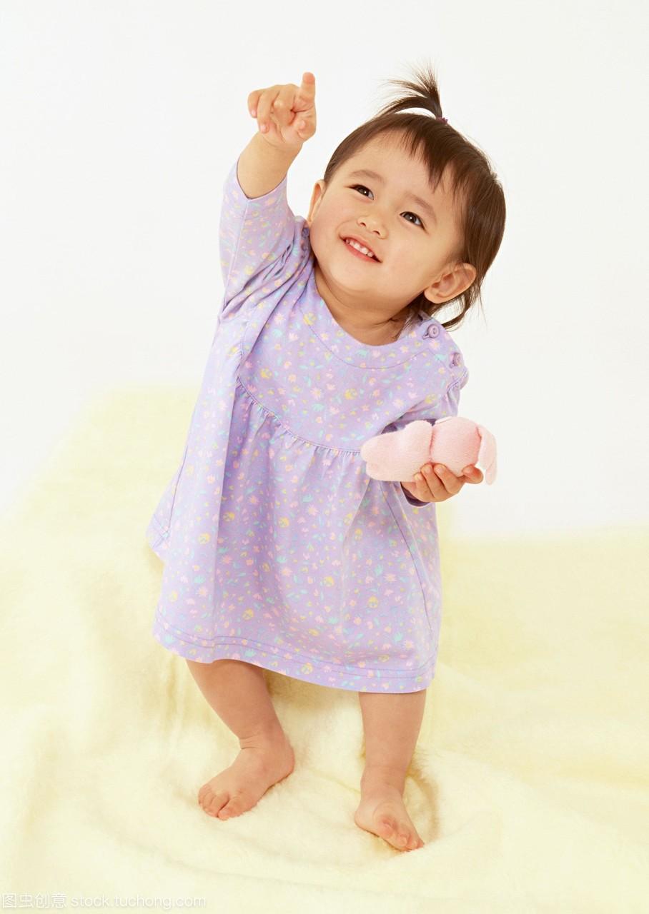 专心,好奇心,baby,girl,一女生,one,床上用品,家具大动漫个人性感胸图片图片