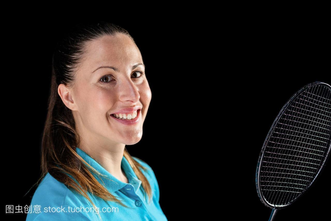 女运动员手持羽毛球拍肌肉美女芭比金刚图片
