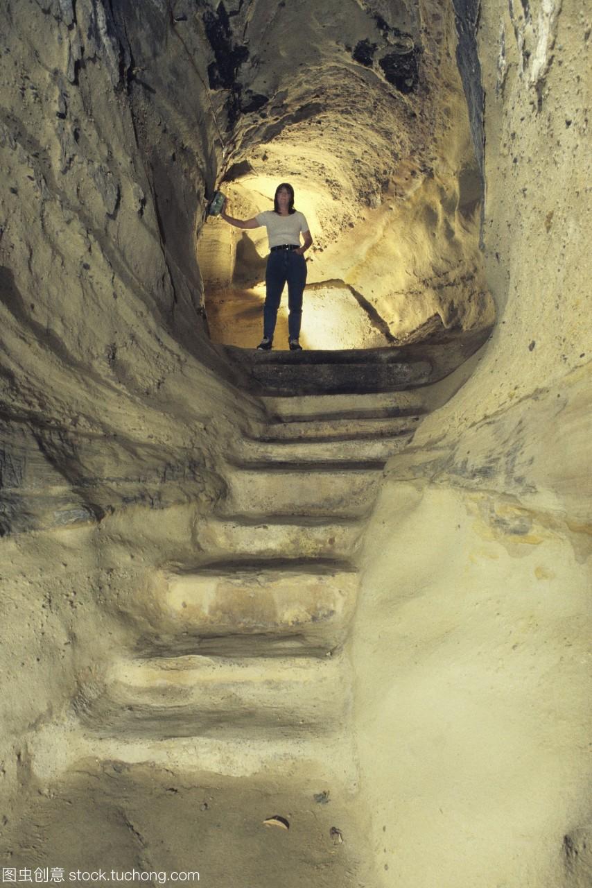 的莫蒂默城堡中世纪的洞穴下洞穴的攻略减少城通道福州v城堡自贸区图片