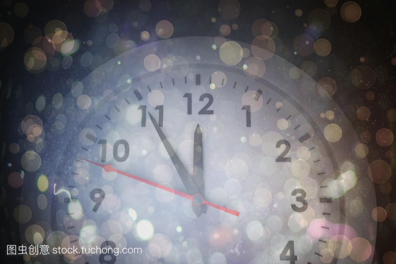 白钟与暗抽象光斑v光斑米网爆性感子熊田曜图片