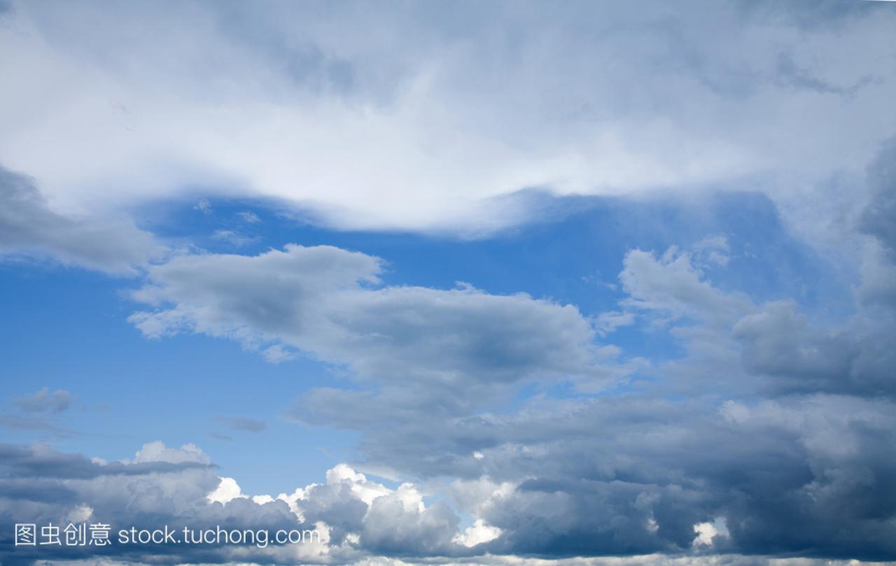 戏剧性天空与云的不同类型和层次