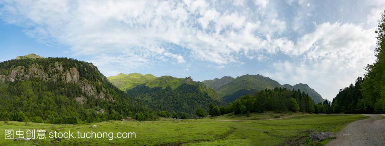 在法国比利牛斯山风景
