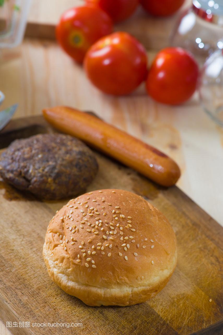 制作汉堡包快餐食品配料用大量的原辅