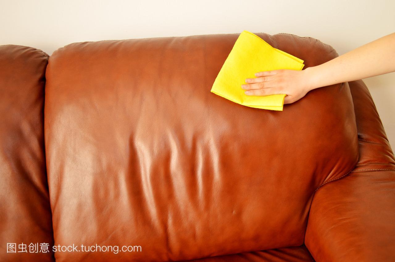 深圳家具维修培训沙发清洁有妙招还不赶紧收藏它
