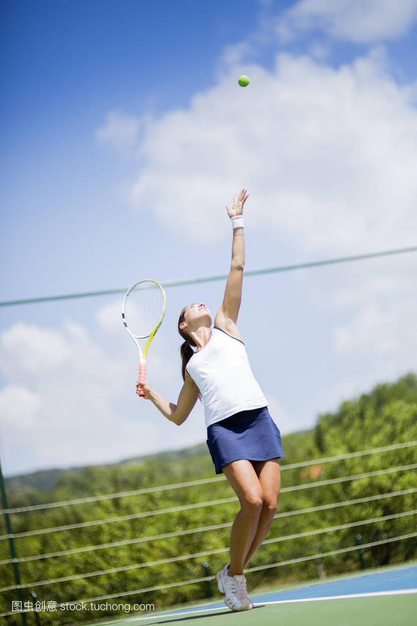 美丽的女网球运动员