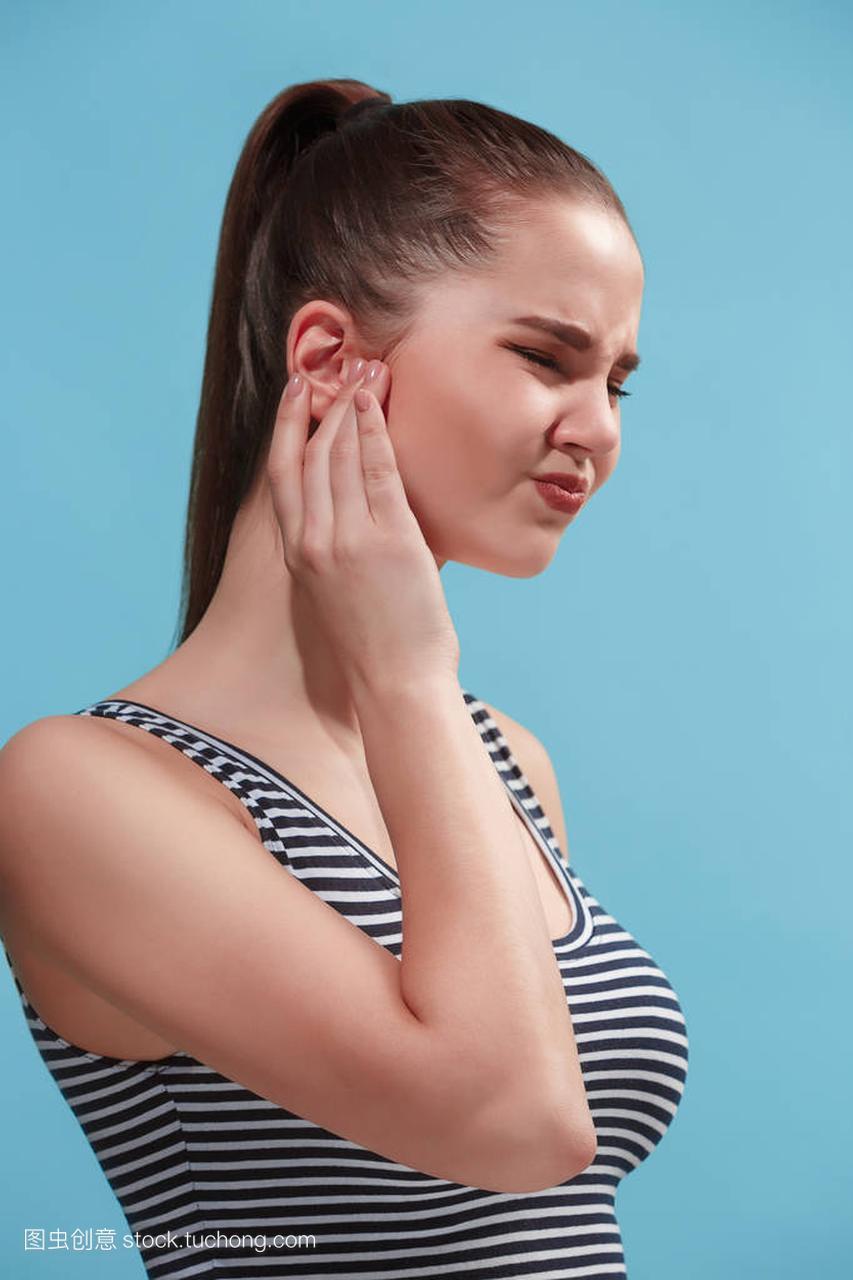 耳朵疼是怎么水门事件回事突然耳朵里面疼是怎么回事