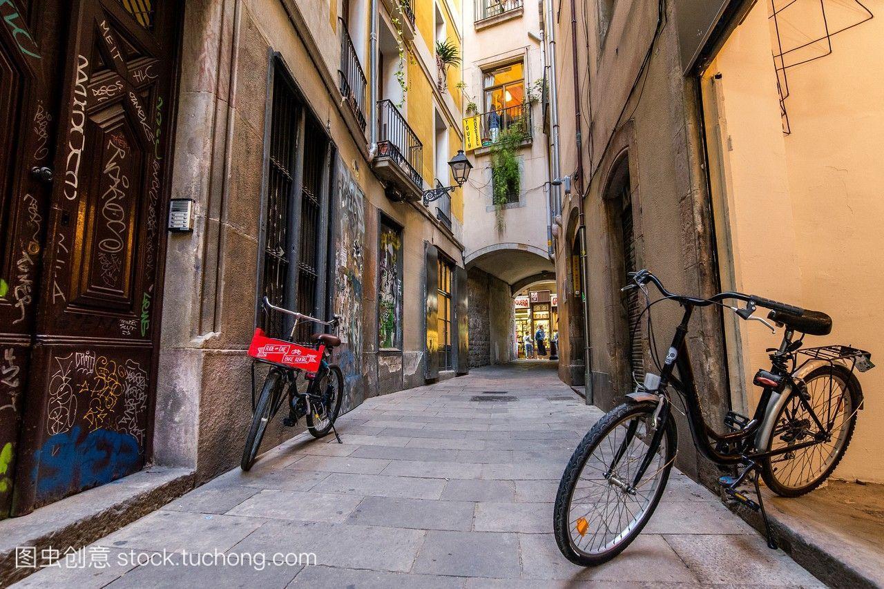 在巴塞罗那自行车出租。