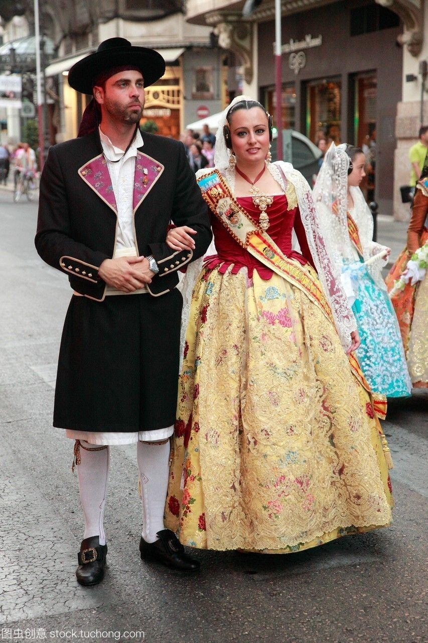 瓦倫西亞西班牙的節日人隊伍傳統服飾