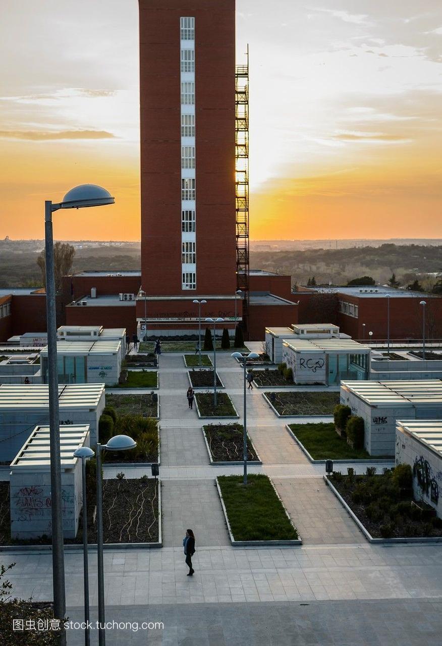 西班牙马德里市的一所大学,一个学生的鸟瞰图