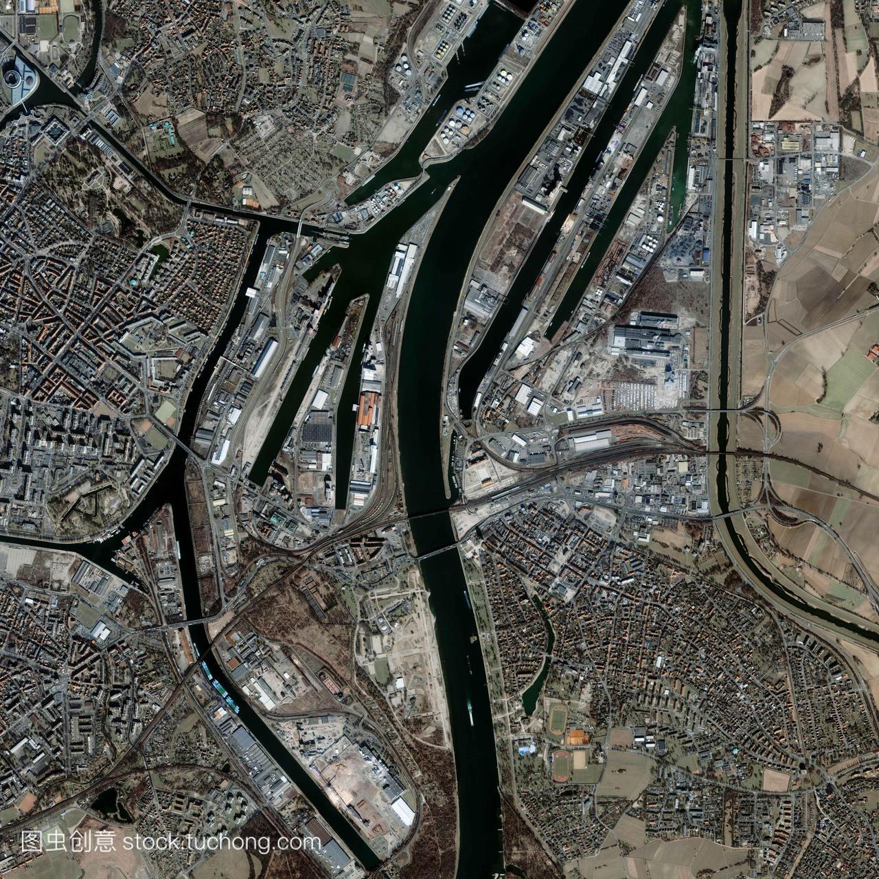 法国斯特拉斯堡卫星图像。斯特拉斯堡位于莱茵