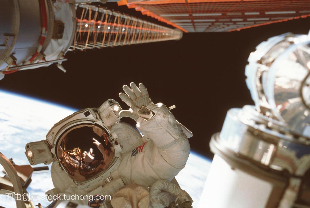 加拿大宣布参与美国主导的绕月空间站项目