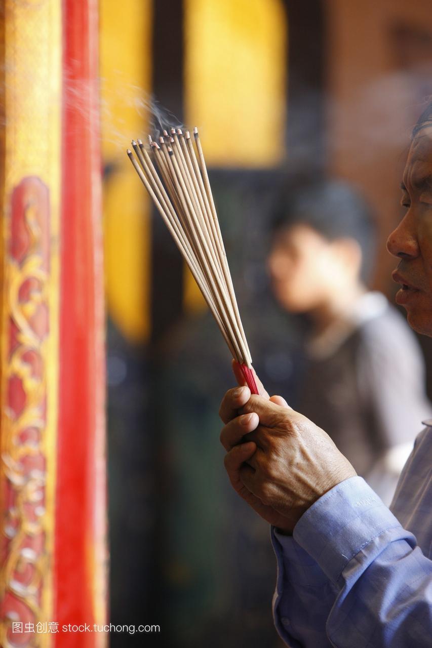 烧香春节期间越南农历新年庆祝活动Hau寺庙胡