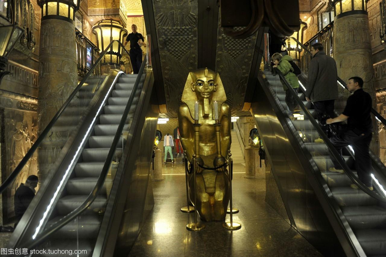 位于英国伦敦的哈罗德埃及音乐厅